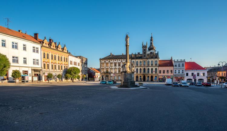 Hořice chtějí opravit náměstí Jiřího z Poděbrad. Přípravu jim komplikuje rekonstrukce mostu na obchvatu města