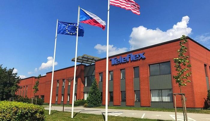 Šíření nemoci ve společnosti Teleflex se nepotvrdilo. Nikdo ze zaměstnanců v karanténě nakažený není