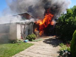 Hasiči z Královéhradeckého kraje zasahovali o víkendu častěji u požárů, než u dopravních nehod