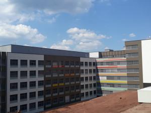 FOTO: Náchodská nemocnice je zkolaudovaná. První pacienty začne ošetřovat na jaře příštího roku