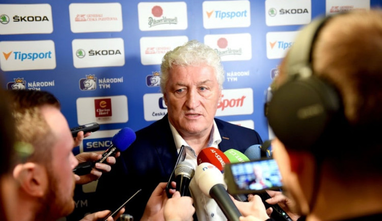 Dnes odpoledne zemřel bývalý kouč české hokejové reprezentace Miloš Říha