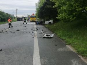 Za květnovou tragickou nehodu u Černožic mohl řidič BMW. Vyšetřovatel případ odložil