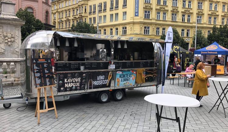 Do Hradce Králové míří druhý ročník Food Truck Festu. Kvůli koronaviru se málem nekonal