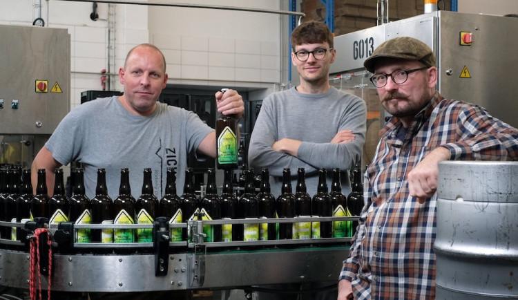Baví nás experimentovat a posouvat hranice, říká spolumajitel Rodinného pivovaru Zichovec Ondřej Husák