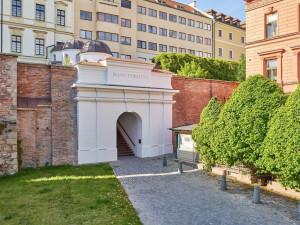 Schodiště Bono publico v Hradci Králové bojuje o titul Stavba roku