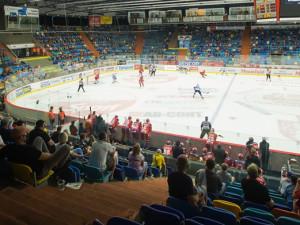 Hokejisté Hradce jedou za nových opatření do Zlína, v neděli vyzvou doma Bílé Tygry z Liberce. V hledišti bude moci být jen tisíc fanoušků