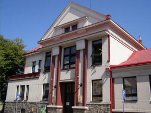 Jičínská knihovna Václava Čtvrtka je zatím mezi třemi nejlepšími knihovnami letošního roku