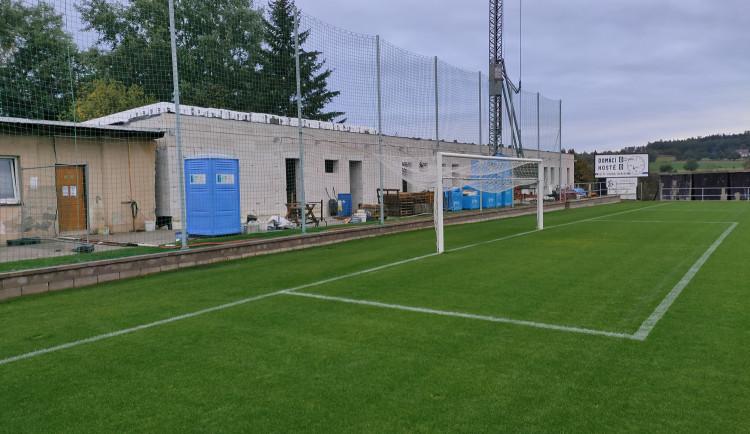 V Hořicích se rýsuje podoba nového fotbalového stadionu. Hotovo má být na jaře