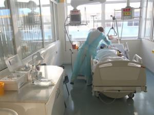 Od začátku týdne zemřelo v kraji sedm pacientů s COVID-19. Skokově stoupl i počet nakažených