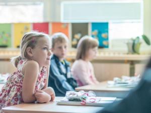 Psycholožka k distanční výuce: Když omezíme sociální vazby, děti negativně ovlivníme