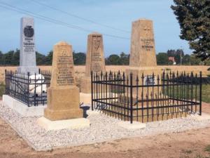 Komitét 1866 opravil u Hradce další pomníky prusko-rakouské války