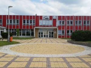 Žákům a studentům dnes začalo volno, které vyhlásilo ministerstvo školství