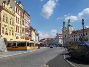 Na Velkém náměstí v Hradci se provádí vrty. Výsledky průzkumu poslouží pro případný projekt podzemního parkoviště