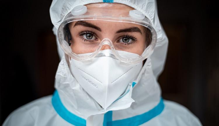 Antigenní testy mohou zabránit třetí vlně. Do dvou týdnů můžeme otestovat prvních 100 tisíc lidí, říkají autoři testovací studie