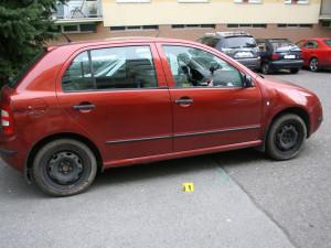 Na Trutnovsku a Náchodsku vykrádal auta před mateřskými školkami, teď už je ve vazbě