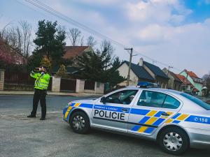 VIDEO: V kraji probíhá dopravně bezpečnostní akce. Policie se zaměřuje na silnicích na alkohol za volantem