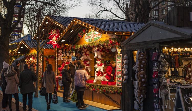 Hradec Králové zrušil vánoční trhy. Nově se měl program konat na Velkém náměstí