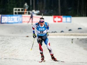 Biatlonista Moravec ztratil ve štafetě hůlku, Krčmář finišoval. Češi skončili ve Finsku sedmí