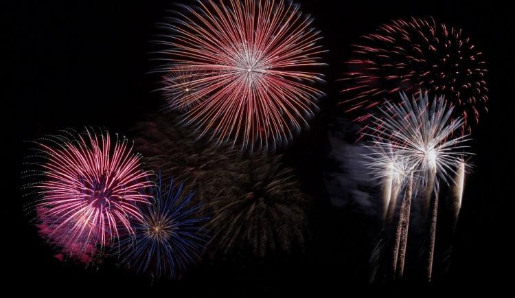 Na Silvestra je v Hořicích pyrotechnika povolena. Noční ohňostroje ale nebudou kvůli zákazu vycházení