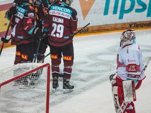 Hokejisté Hradce odjížděli z ledu pražské Sparty s nepořízenou. Prohráli 1:4 a jsou opět bez bodu