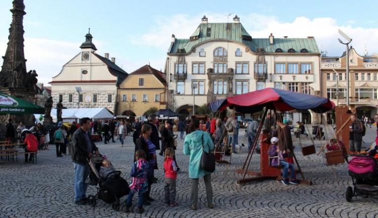 Dvůr Králové nad Labem chystá nové znění vyhlášky o nočním klidu