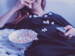 V nouzovém stavu roste obliba gaučingu. Loňská sledovanost televizí byla nejvyšší za 24 let měření