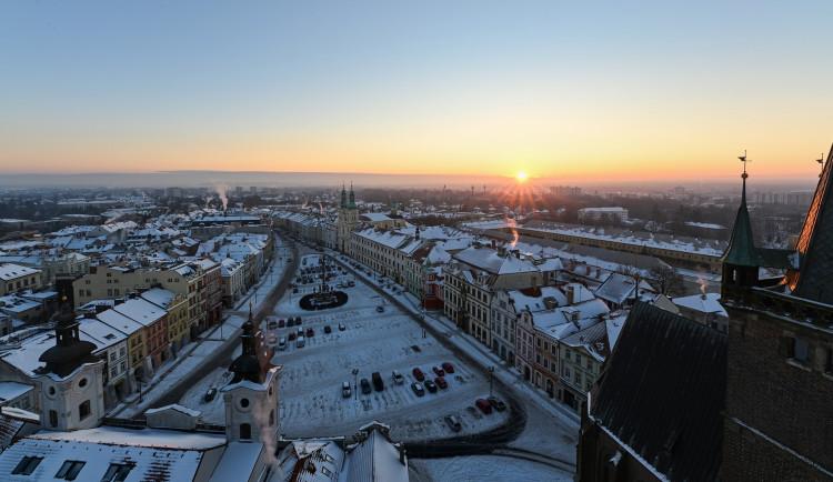 POLITICKÁ KORIDA: Podzemní parkování pod Velkým náměstím. Má vůbec cenu ho plánovat?