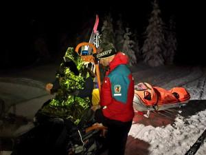 Horská služba musela pro opilého turistu pod Sněžku. Chtěl si tam postavit stan, místo toho skončil na záchytce