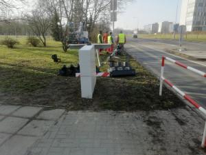 Semafory na výjezdu od nemocnice v Hradci Králové jsou v provozu. Budou zde do rekonstrukce Milety