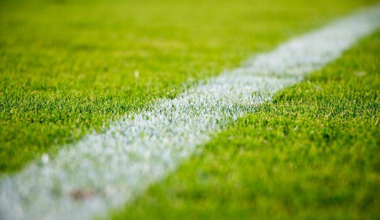 Rada města vybrala firmu, která postaví fotbalový stadion. Schválit ji musí zastupitelstvo