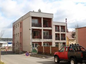 Dvůr Králové nad Labem staví nové byty pro lidi v nouzi. Vzniknou v rámci rekonstrukce Domu Žofie