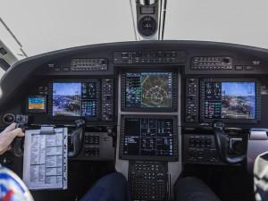 Nepovolený start letadla v Hradci Králové mohl skončit katastrofou, shodují se odborníci. Incident řeší úřady