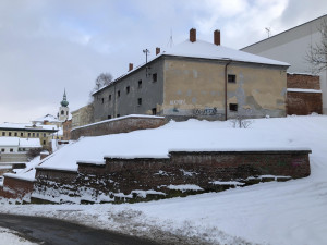 Ze staré věznice v Trutnově by mohla vzniknout nová Galerie draka. Původně fungovala jako basa gestapa