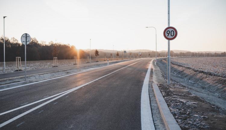 Kraj připravuje obnovu silnic na letošní rok. Práce budou stát téměř miliardu