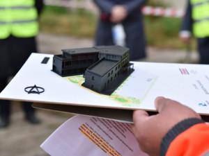 Hradec Králové začíná shánět vybavení pro odlehčovací službu v Honkově ulici