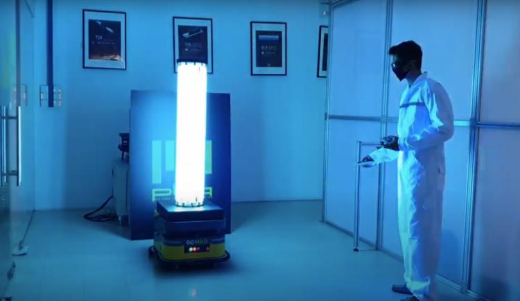 UV záření, ozon, suchá pára nebo drony. Nové technologie likvidují koronavirus