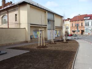 V centru Hořic vznikne malý park. Radnice využila nevyužívaný prostor nad náměstím