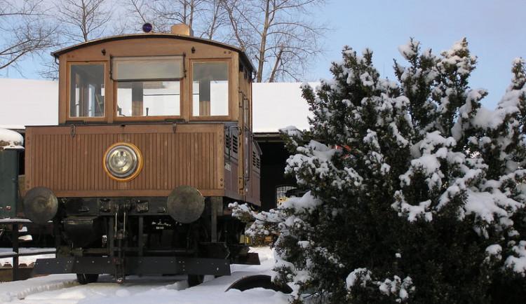 V Jaroměři řeší spor o historickou lokomotivu Ringhoffer