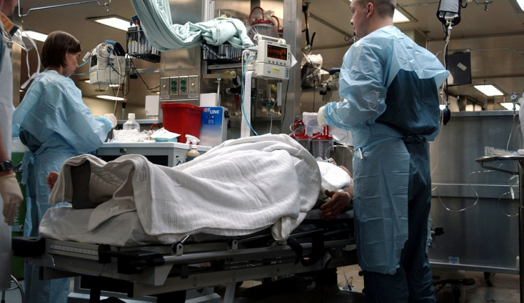 Kraj chce vyřešit nedostatek zdravotnického personálu. Dnes představil novou koncepci zdravotnictví
