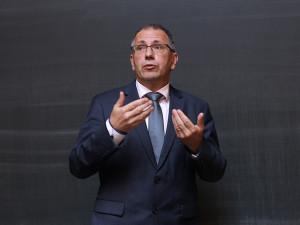 Covid-19 není hlavním problémem českého školství. Neměl by zakrýt další podstatné věci