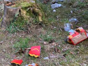Nejsem prase: Iniciativa vyzývá o víkendu k úklidu. Uklízet se bude i v hradeckých lesích