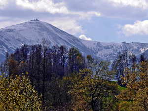Horská služba odvolala varování před lavinami v Krkonoších. Platilo nejdéle v republice