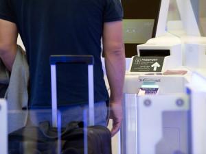 Z Hradce Králové do Egypta a zpět se třemi PCR testy. Řada dovolenkářů o tom nemá ani tušení