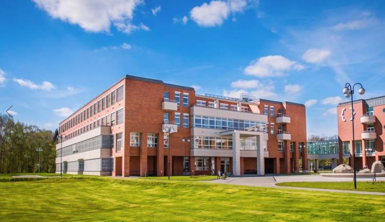 Univerzita Hradec Králové hostila Evropskou olympiádu experimentální vědy. Česko skončilo páté