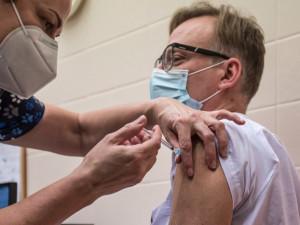 Vstup do Bulharska budou mít Češi bez omezení nejspíše už po první vakcíně