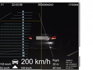 Policie chytila dalšího rekordmana na dálnici D11. Naměřili mu 200 km/h