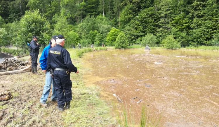 Pátrání po seniorovi v Orlických horách skončilo šťastně. Pomohla i policie z Polska