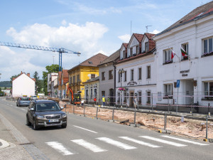 V Lázních Bělohrad začala rekonstrukce náměstí. Postaví se nová radnice