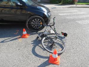 Mnoho cyklistů se domnívá, že mají absolutní přednost, varují policisté. Vážných nehod v kraji přibývá