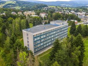 Nemocnice Vrchlabí otevřela lůžkovou ortopedii, chce zvýšit počet operací